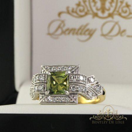 Art-deco-style-parti-sapphire-ring-bentley-de-lisle