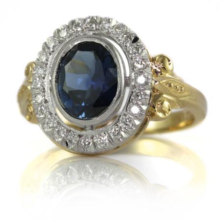 Australian-oval-sapphire-antique-style-ring-bentley-de-lisle-1.jpg