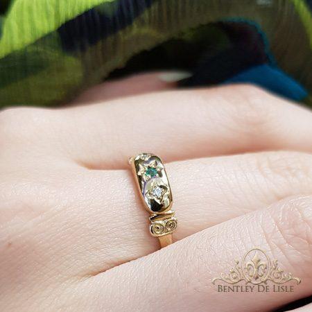 Emerald-Diamond-star-set-ring-bentley-de-lisle