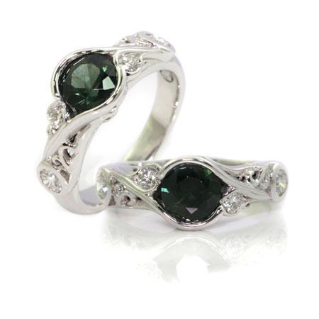 Green-sapphire-vintage-style-engagement-ring-bentley-de-lisle