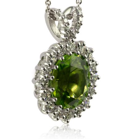 Oval-peridot-diamond-pendant-bentley-de-lisle.jpg