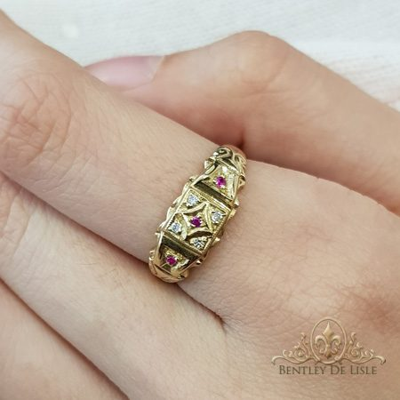 Ruby-diamond-small-vintage-style-dress-ring-bentley-de-lisle