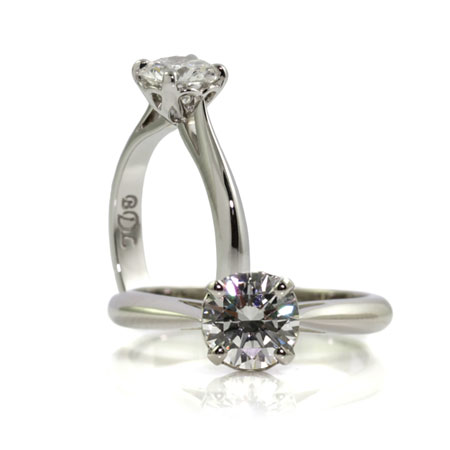 Solitaire-four-claw-engagement-ring-bentley-de-lisle