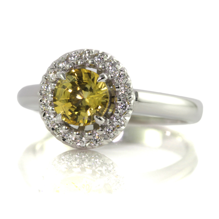 Yellow-sapphire-diamond-engagement-ring-bentley-de-lisle.jpg