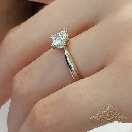 Princess-cut-diamond-engagement-ring-platinum-bentley-de-lisle-jewellers