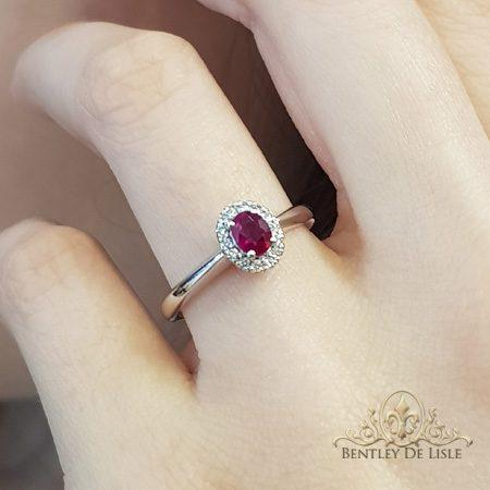 Ruby-diamond-engagement-ring-side-bentley-de-lisle-jewellers