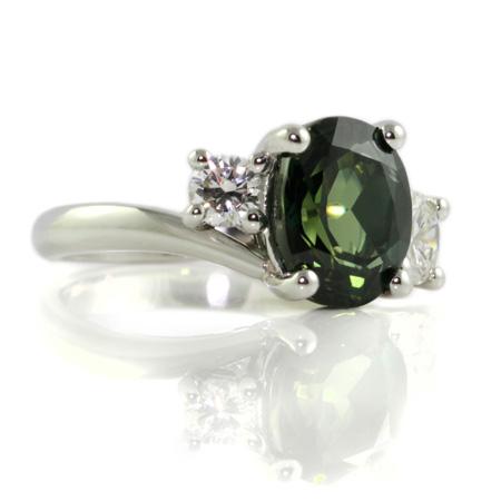 Green-sapphire-diamond-engagement-ring-bentley-de-lisle