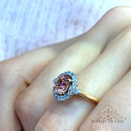 Pink-sapphire-engagement-ring-bentley-de-lisle-Paddington