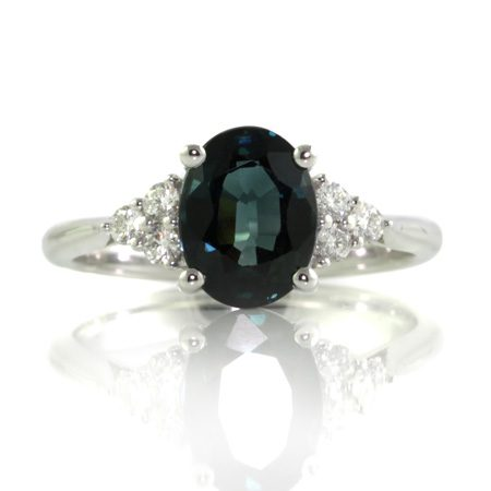 Oval-teal-sapphire-engagement-ring-brisbane-bentley-de-lisle