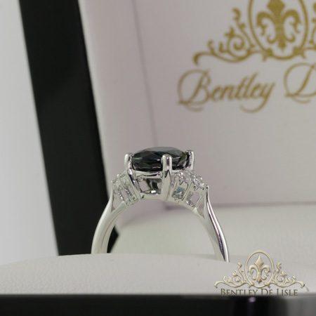 Oval-teal-sapphire-engagement-ring-paddington-box-bentley-de-lisle
