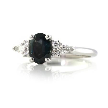 Australian-oval-sapphire-diamond-white-gold-engagemnet-ring-bentley-de-lisle