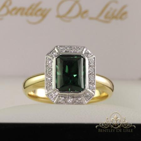 Green-tourmaline-diamond-ring-Brisbane-bentley-de-lisle