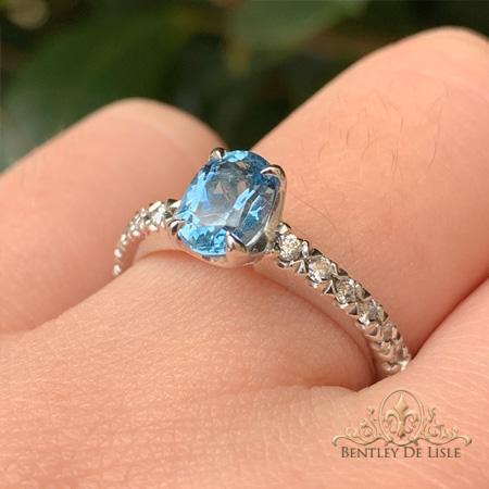 Oval-aquamarine-diamond-ring-brisbane-jeweller-bentley-de-lisle