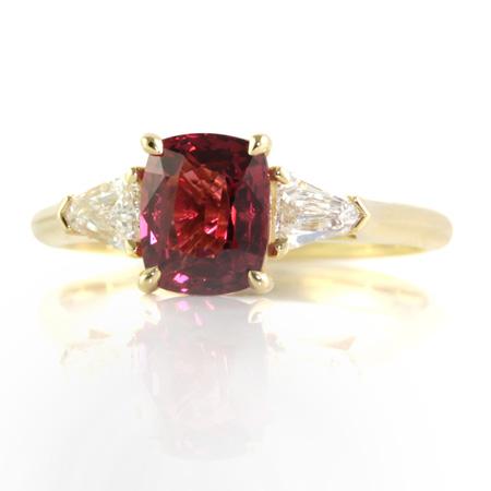 Red-spinel-diamond-ring-bentley-de-lisle