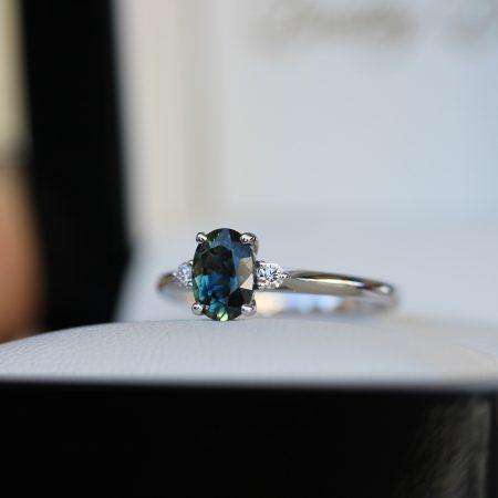 Teal-oval-sapphire-diamond-engagement-ring-brisbane-bentley-de-lisle