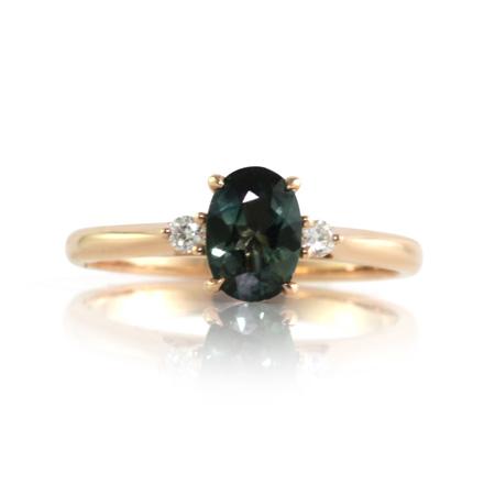 teal-australian-sapphire-three-stone-ring-bentley-de-lisle-paddington