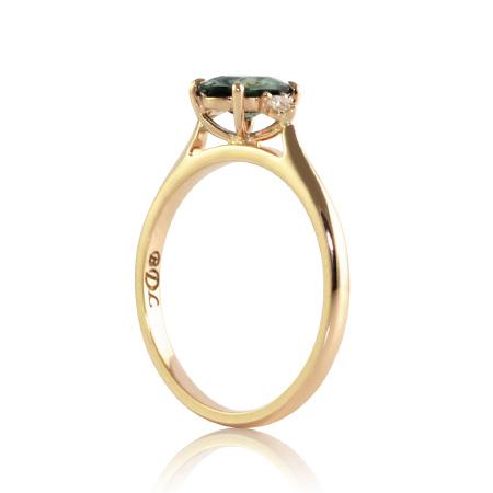 teal-australian-sapphire-three-stone-ring-bentley-de-lisle-australian-jeweller
