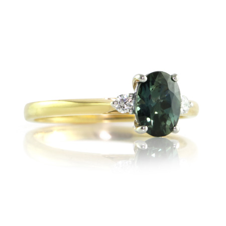 Teal-sapphire-three-stone-engagement-ring-Brisbane-bentley-de-lisle