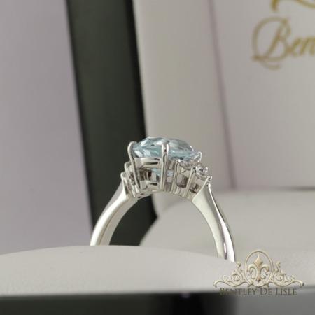aquamarine-diamond-white-gold-ring-bentley-de-lisle