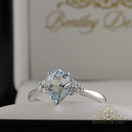 aquamarine-diamond-white-gold-ring-brisbane-bentley-de-isle