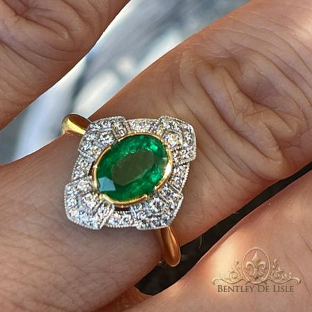 Art-deco-oval-emerald-diamond-ring-bentley-de-lisle